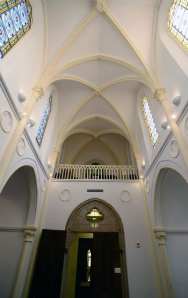 Béthanie chapel interior - organ gallery