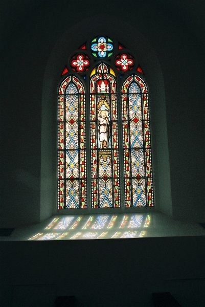 Béthanie stained glass windows